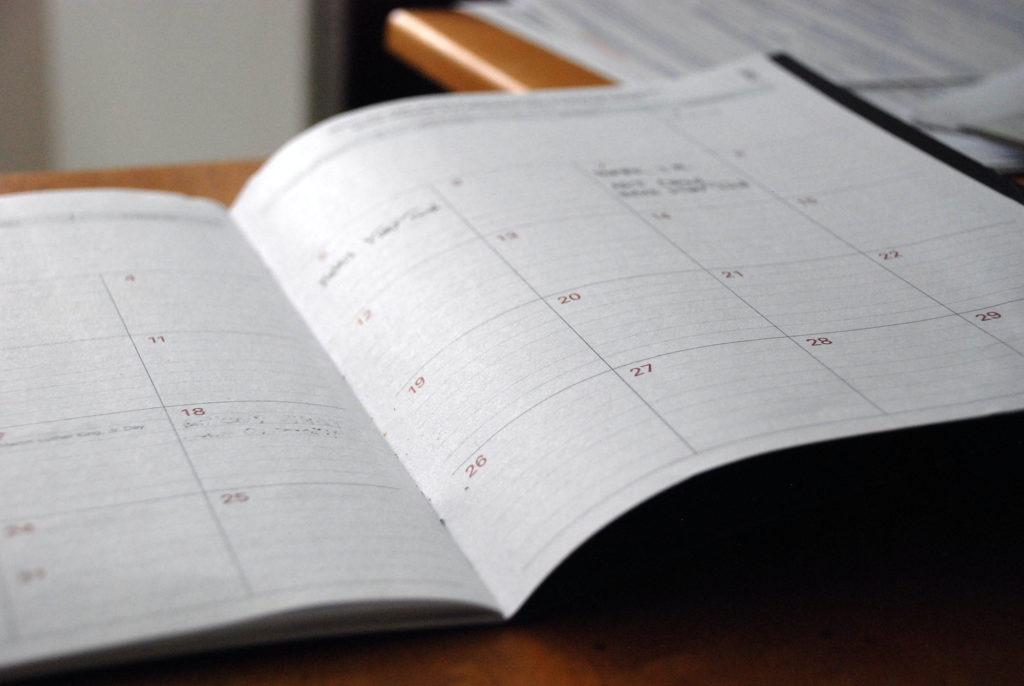 Le calendrier de contenu pour les réseaux sociaux par l'Agence Discovery